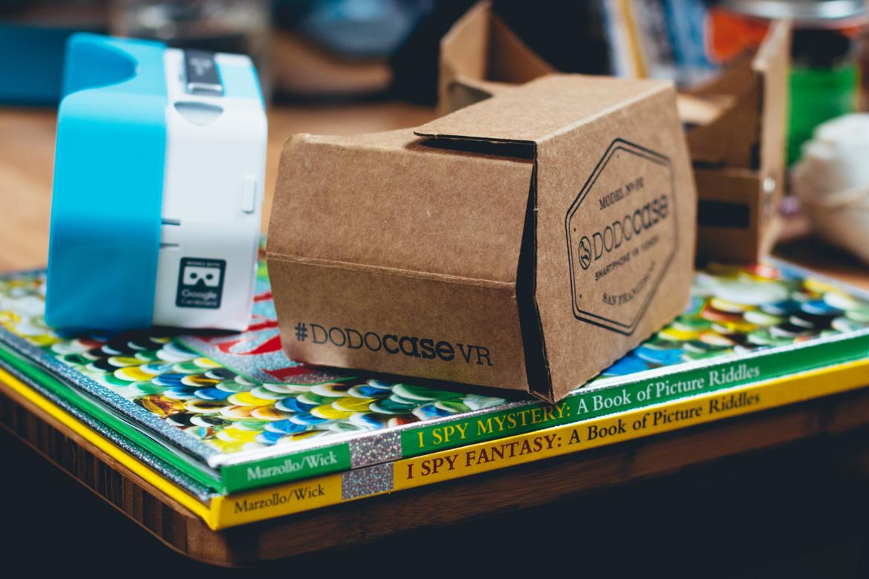 tiny-eye-cardboard